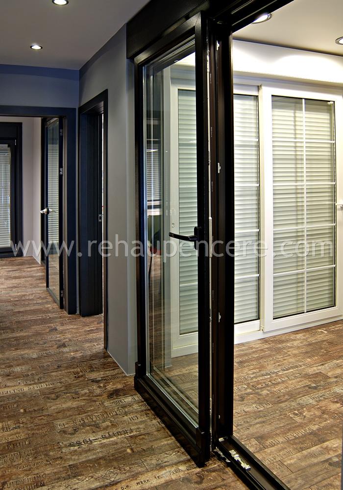 rehau pencere, kapı, panjur,kış bahçesi,teras sistemleri